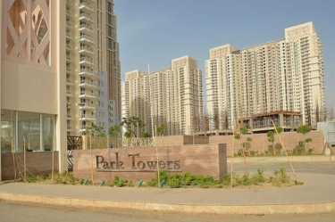DLF Park Palce, Golf Course Road
