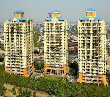 Belevedere Tower, 4 Bhk Flat Available  For Sale