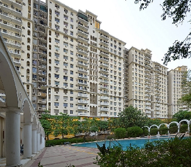 Belvedere Park, 3 Bhk Flat Available  For Sale